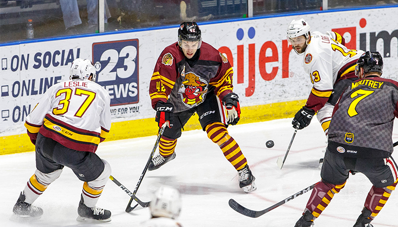 34441728e HOGS  LATE MAGIC NOT ENOUGH IN 5-2 LOSS TO WOLVES ON WIZARD NIGHT